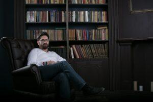Юрист по страховым спорам Андрей Ларин